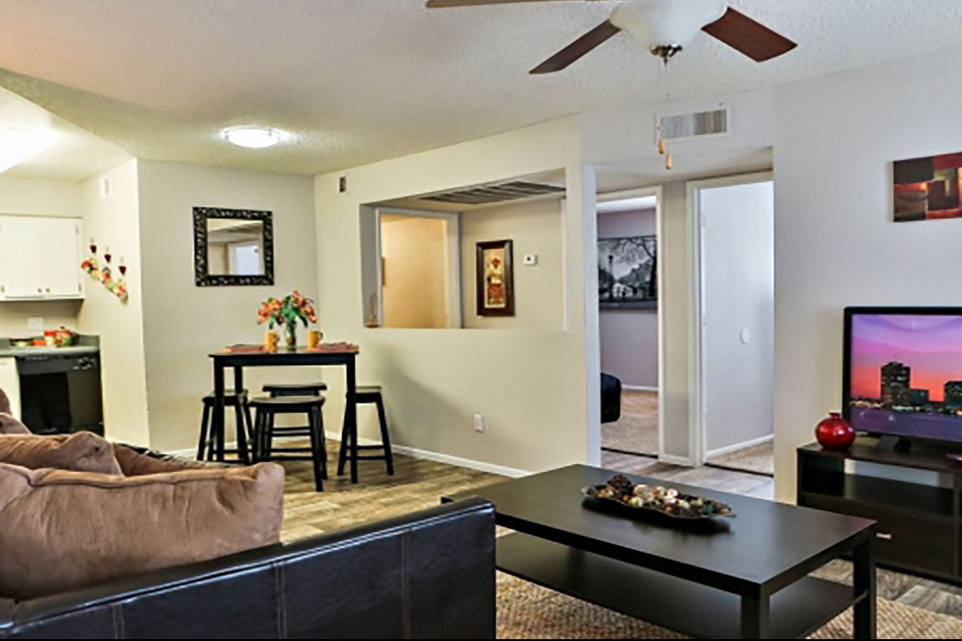 Park at Deer Valley Apartments Phoenix, AZ living room and dining area