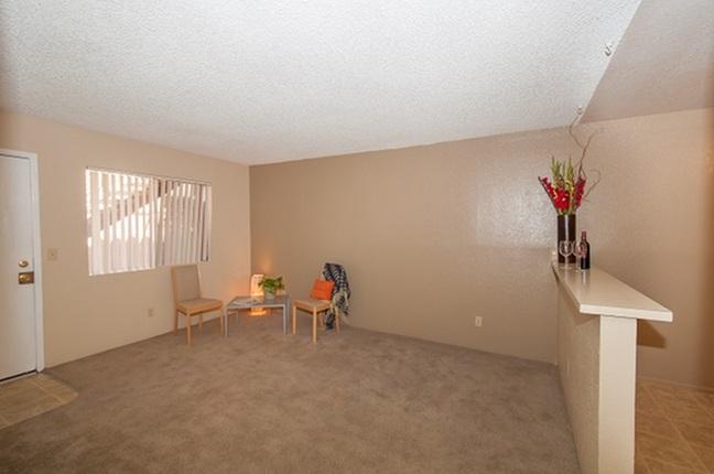 Living room at Acacia Gardens Apartments in Tucson, AZ