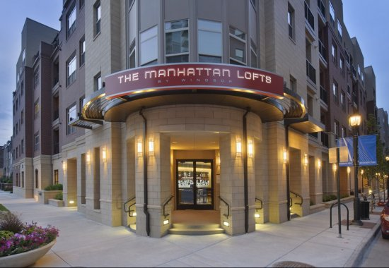 View of exterior at The Manhattan by Windsor Apartments in Denver CO