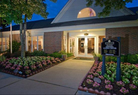 Entrance at Windsor at Pine Ridge Apartments in Elkridge MD