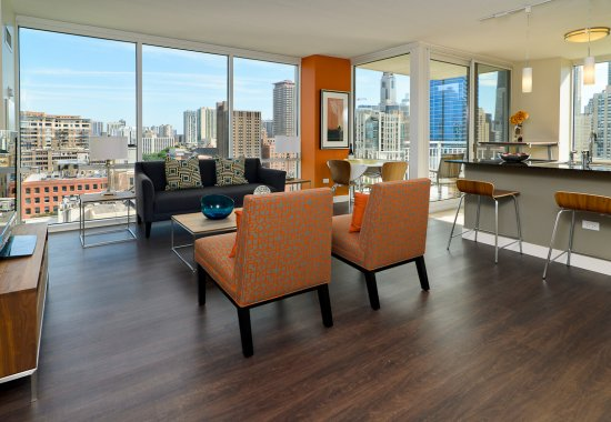 View of community room at Flair Tower Apartments in Chicago IL