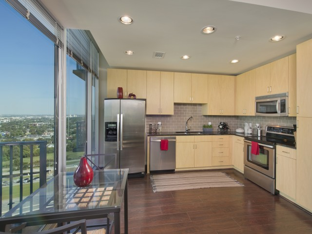 Image of Custom contemporary kitchen cabinets with designer backsplash for Hanover Hermann Park