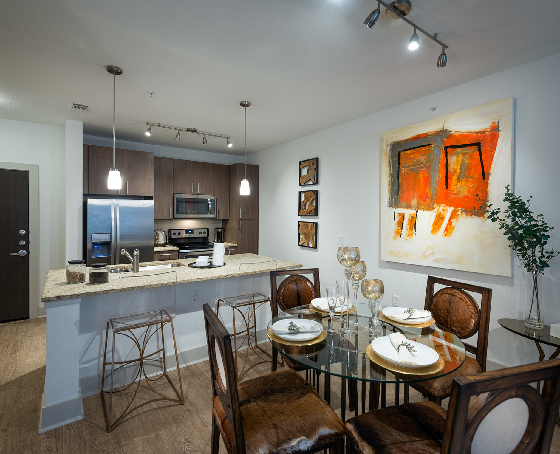 Image of Gourmet chef kitchens with stainless steel appliances for Hanover Midtown Park