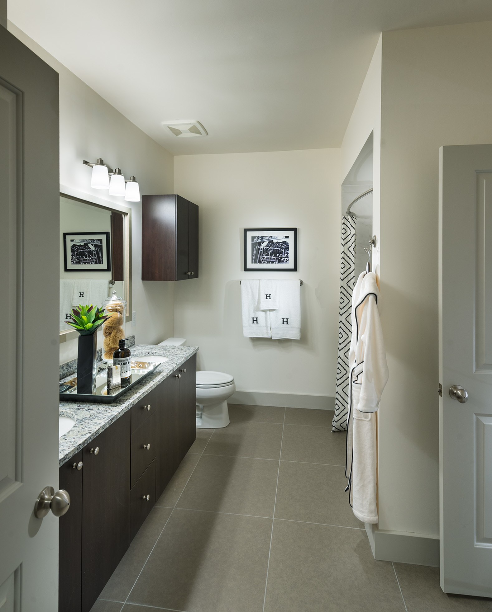 Image of Spa-inspired bathrooms with large soaking tub for Hanover at Andover