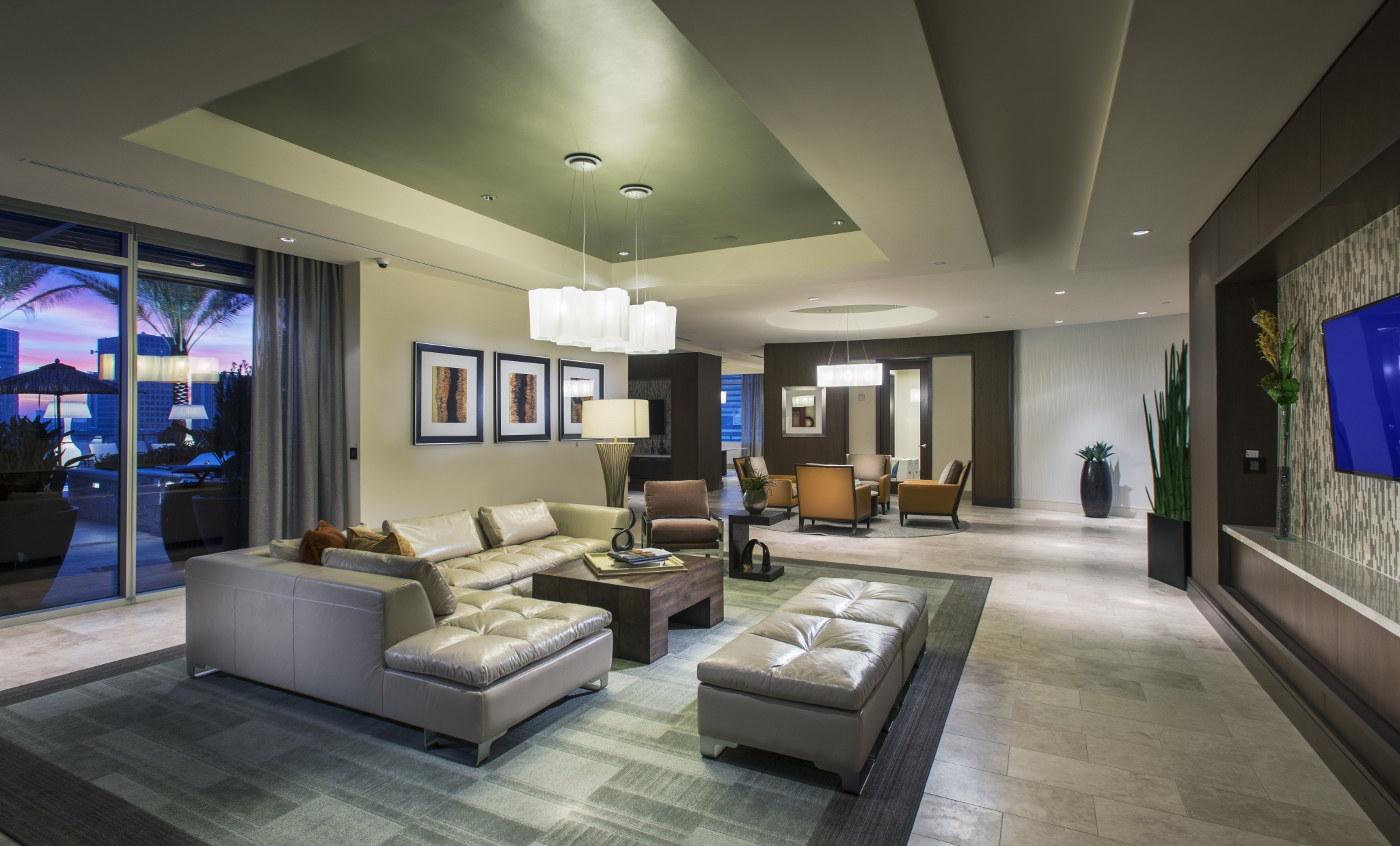 Resident Lounge with  Smart TV at Hanover Post Oak