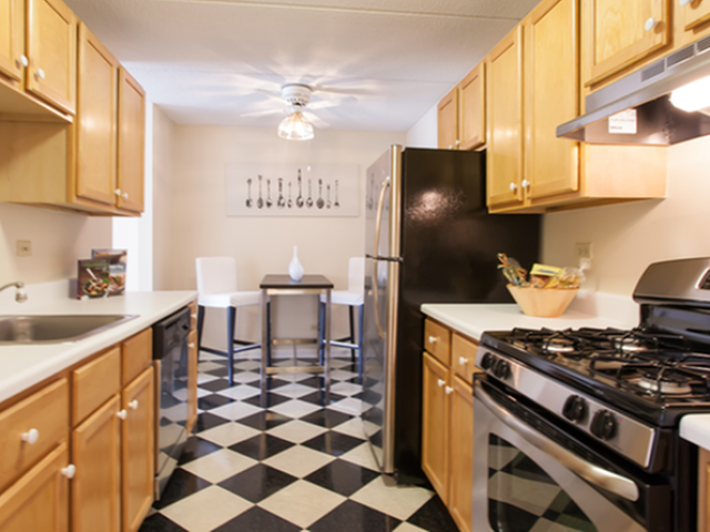 Image of Eat-in kitchens for Briarwood Terrace Apartments
