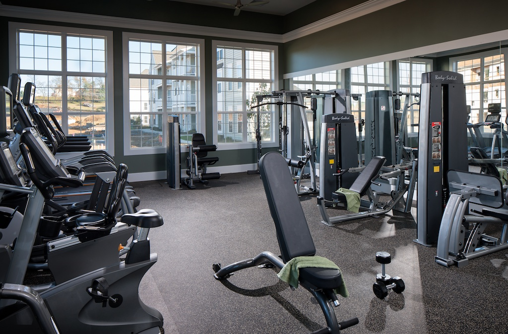 Image of 24 Hr Fitness Center with Cardio Theater for Meridian West Shore