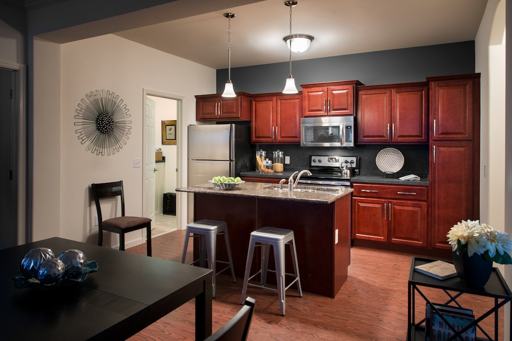 Image of Pendant Kitchen Lighting for Meridian West Shore