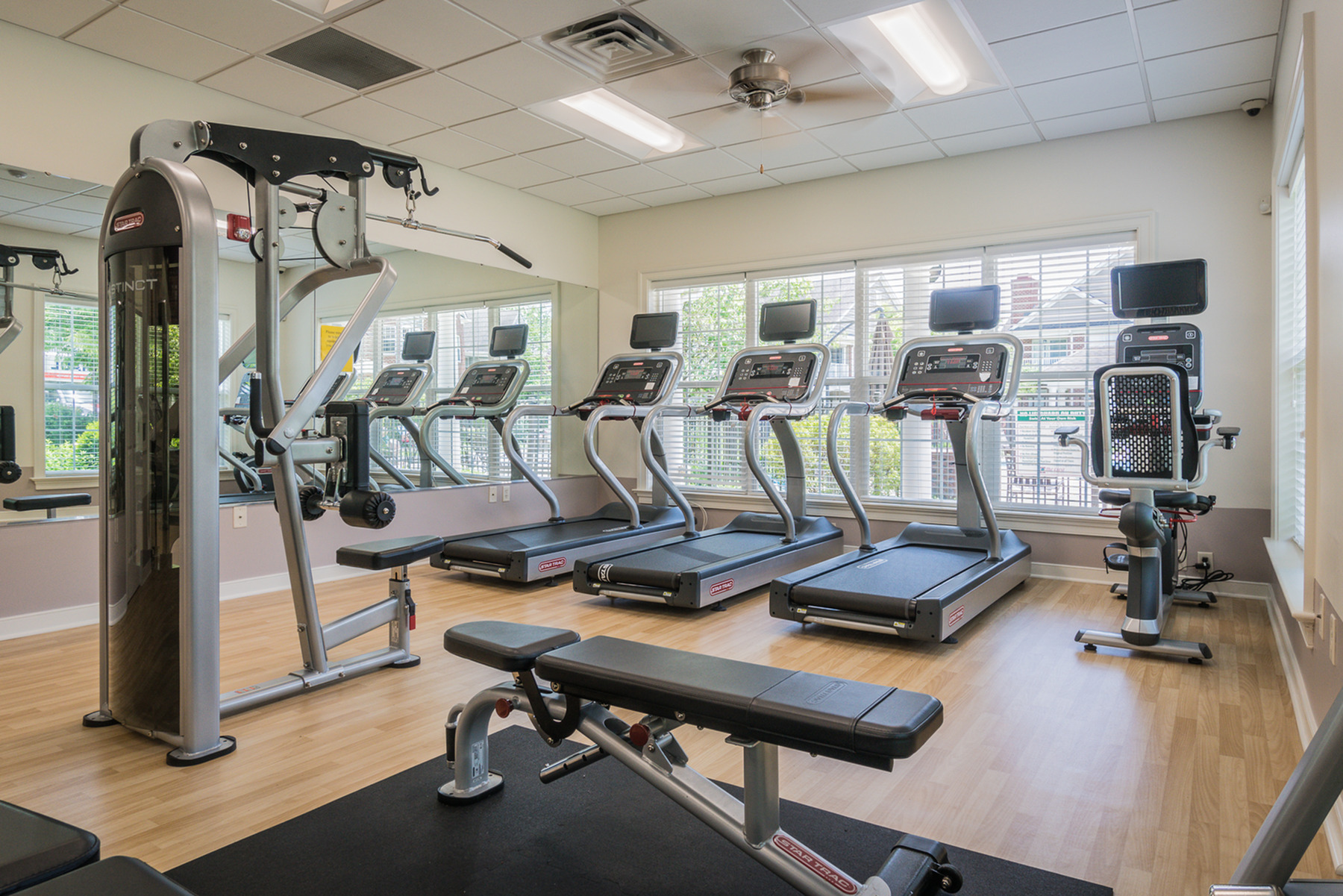 Image of 24 Hr Fitness Center with Cardio Theater for The Crest at Elm Tree