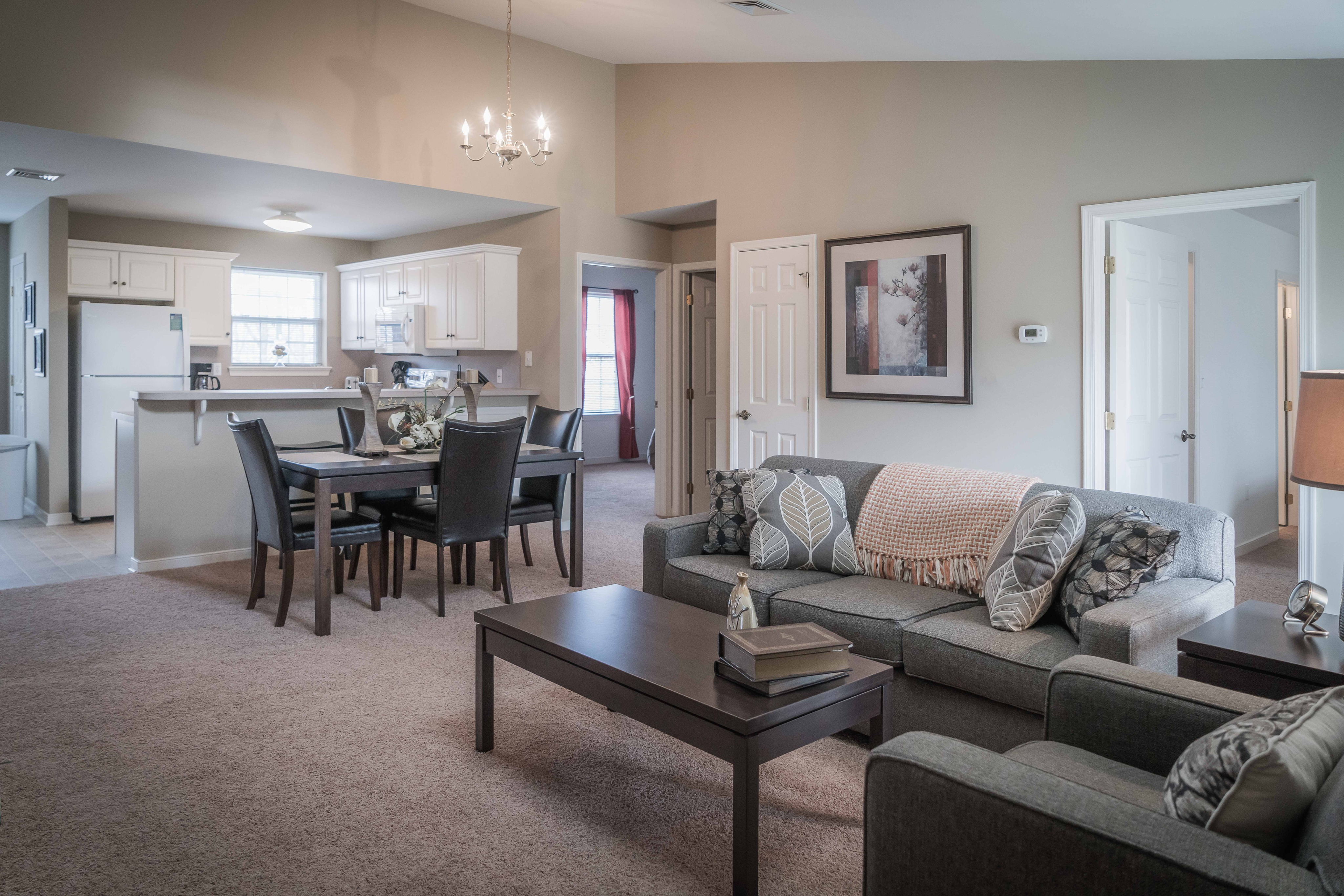 Image of Taupe wall - White trim color scheme for Highlands at Warwick