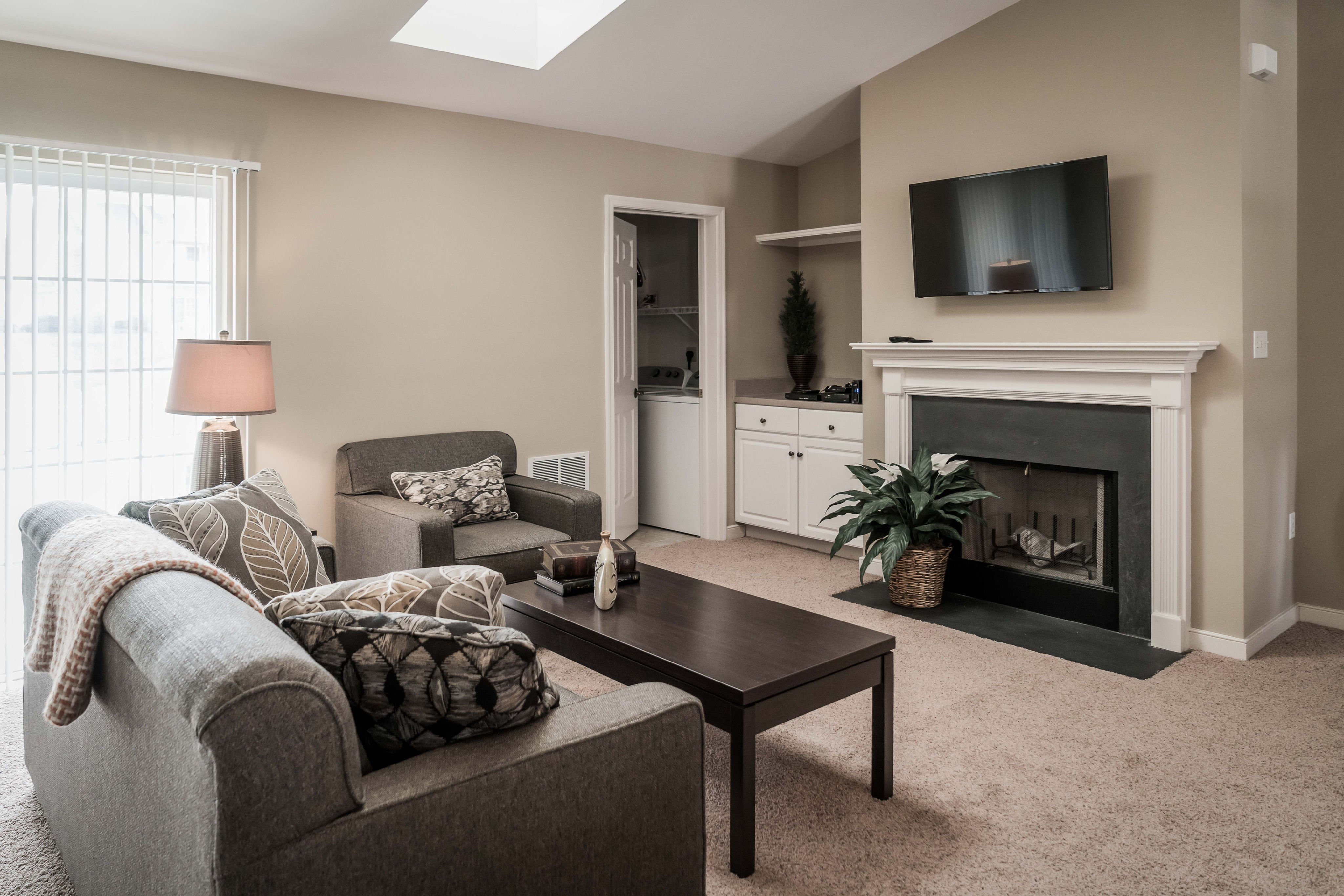 Image of 9 foot ceilings for Highlands at Warwick