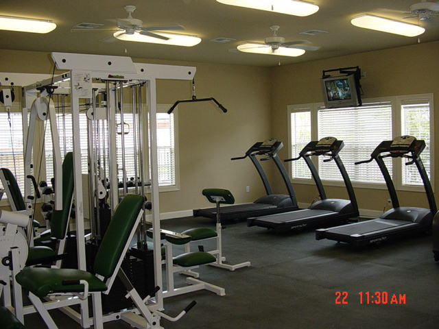Image of 24 Hour Fitness Gym for Oak Grove