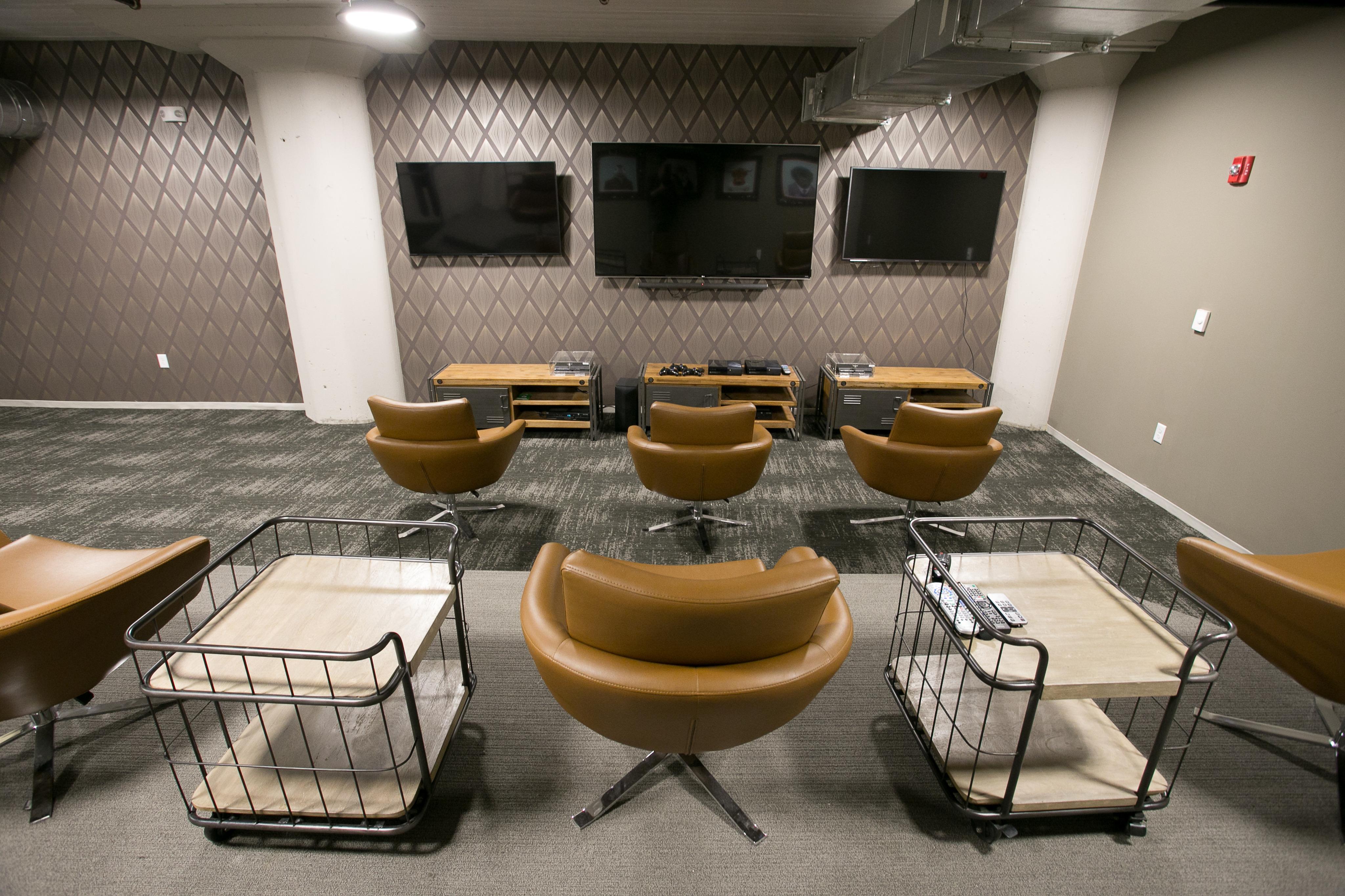 Resident Media Room | Edge Union Station