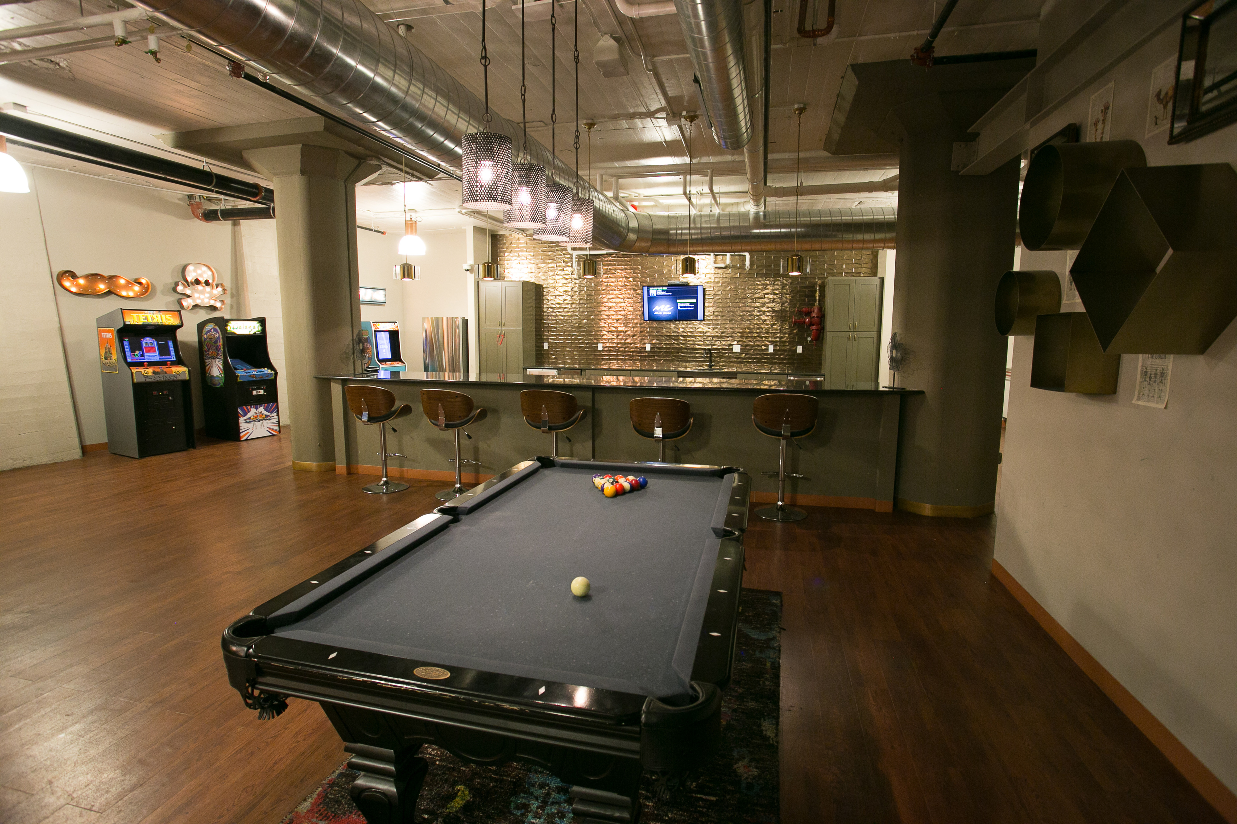 Resident Billiards Table | Edge Union Station