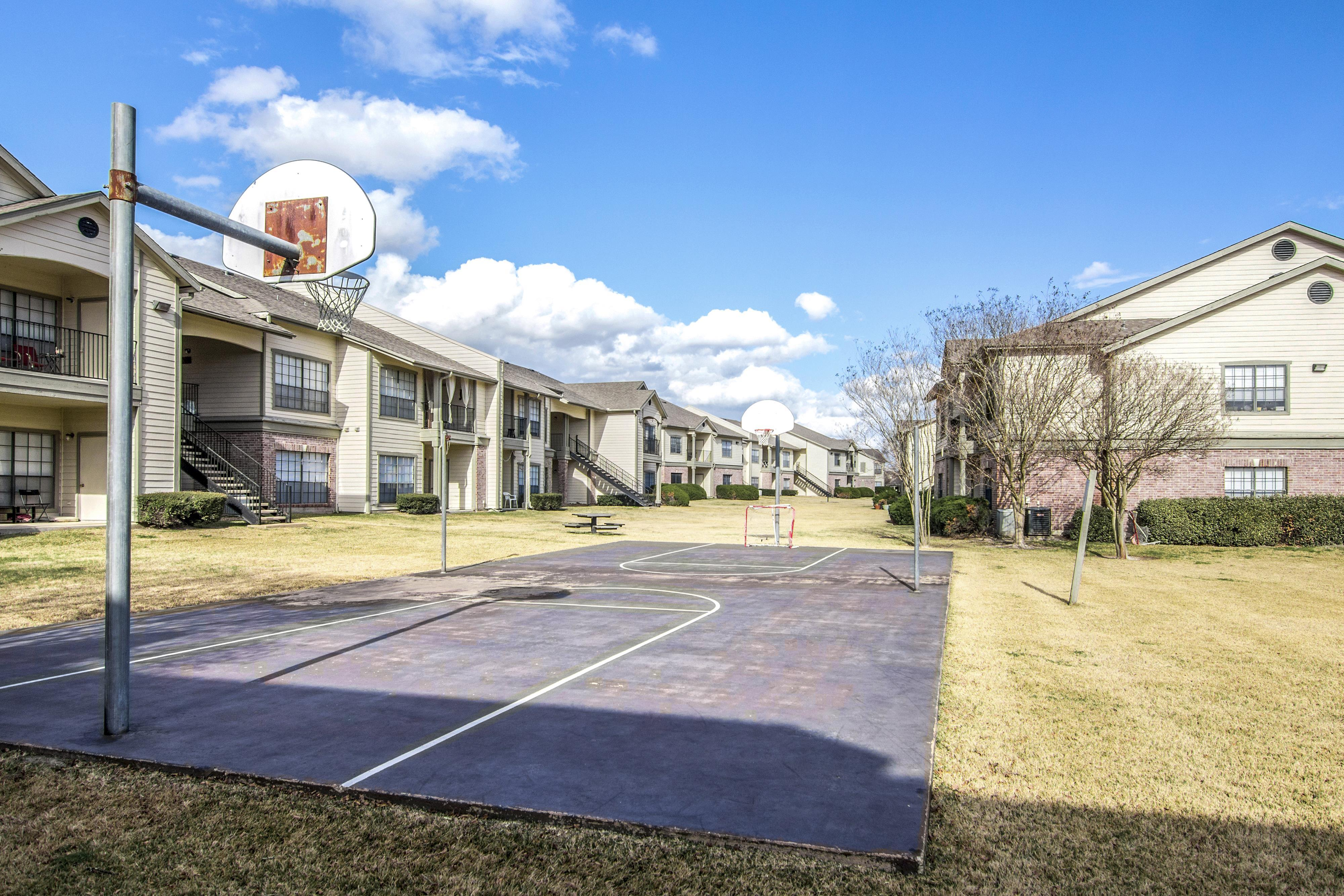 Image of Lighted Sports Courts for Ridge Apartments
