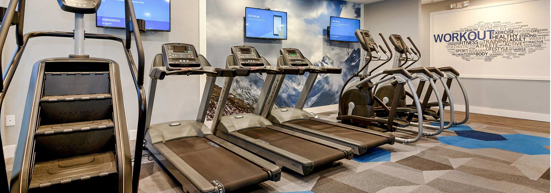 Fitness Center at Fifty Twenty Five 3