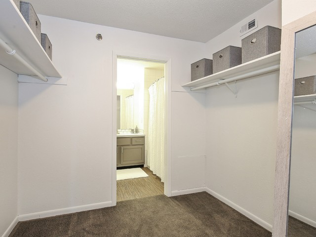 Image of Large Closets for Arrive Eden Prairie
