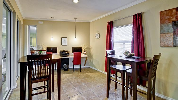 Sensational The Hendrix Apartment Homes Austin Tx Apartments For Rent Interior Design Ideas Gentotryabchikinfo