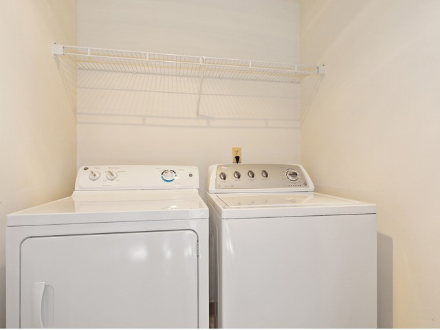 Image of Washer/Dryer for Fifteen98 Naperville Apartment Homes