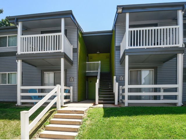 Image of Sit and Sip for Grammercy Apartment Homes