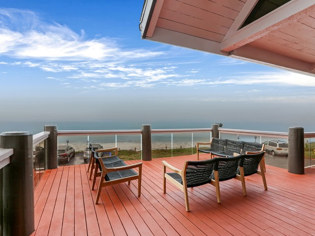 Image of Ocean Viewing Deck for Oceanaire Apartment Homes