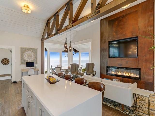 OceanAire | Pacifica Apartments