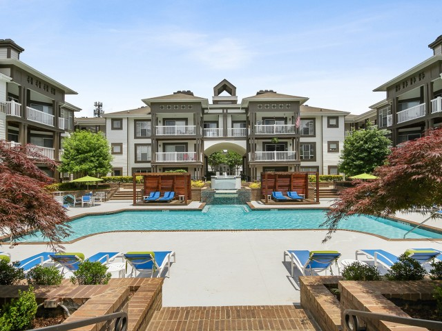 Image of Pool for 45Eighty Dunwoody Apartment Homes