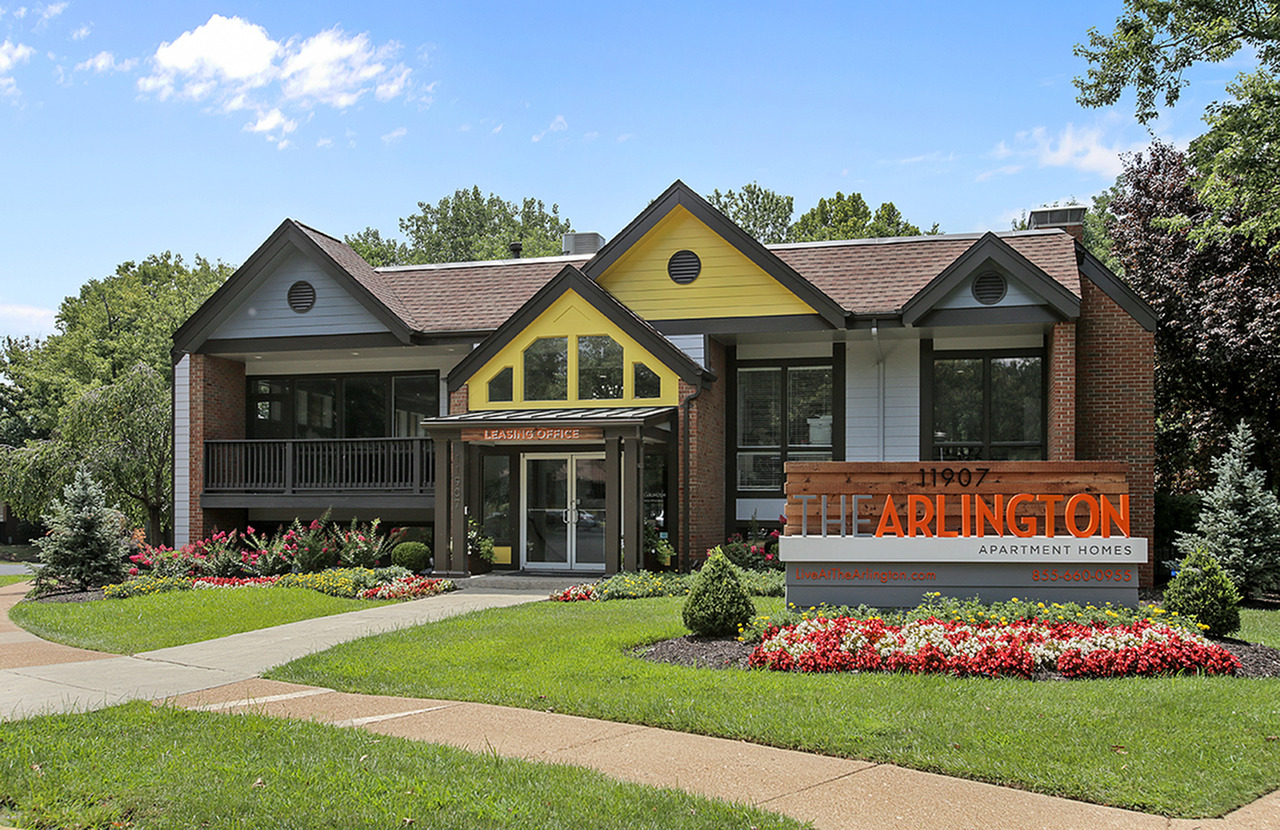 The Arlington Apartment Homes | Apartments for Rent in Creve ...