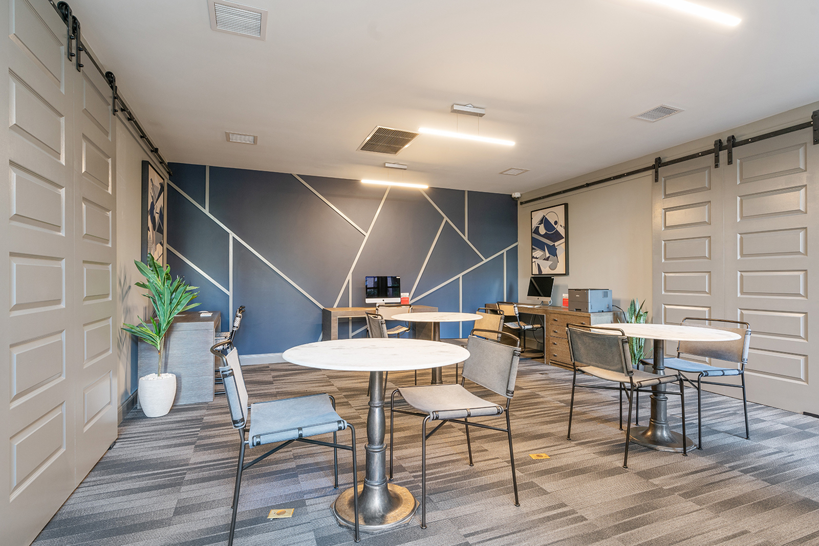 Image of Wi-Fi Lounge for Arrive South Loop
