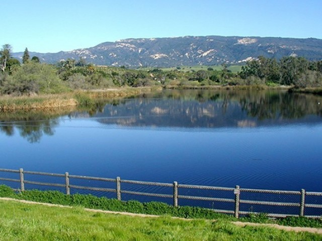 Lake Los Carneros