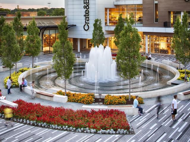 Oak Brook Shopping Center