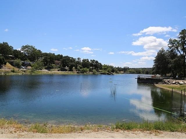Atascadero Lake Park