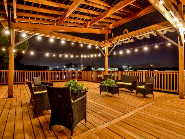 Image of Pergola Off Lake for Stonelake Apartment Homes