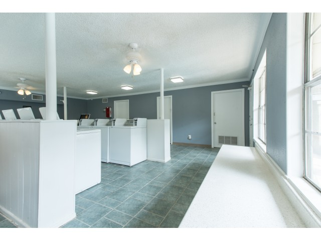 Image of Laundry Facility for Savannah Oaks Apartments