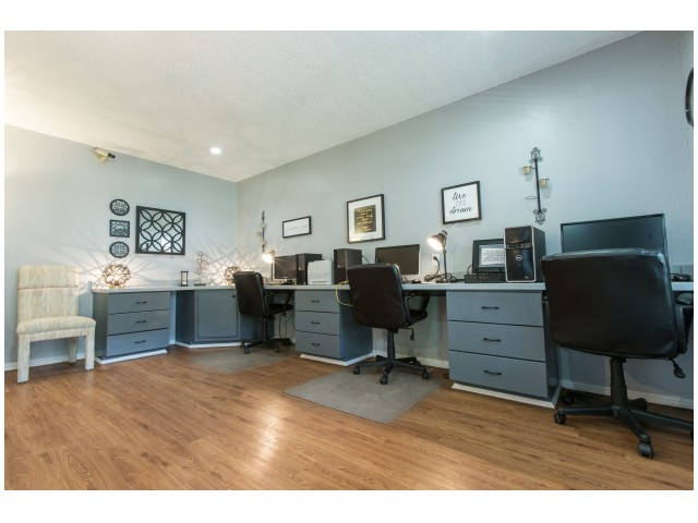 Image of 24 Hour Business Center for Savannah Oaks Apartments