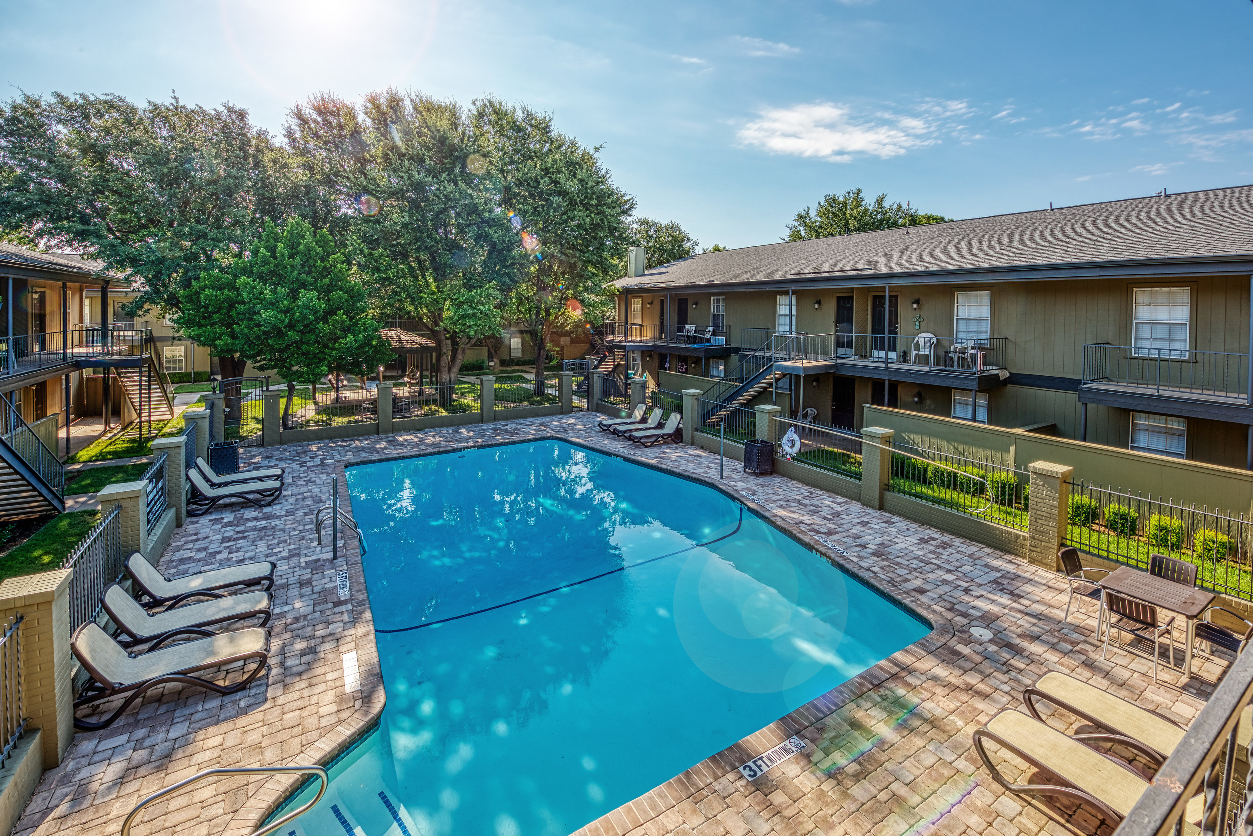 Image of Swimming Pool for Savannah Oaks Apartments