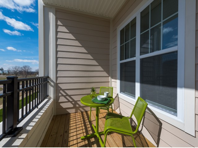 Image of Balcony for Pinnacle Apartments