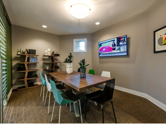 Image of Conference Room for Pinnacle Apartments