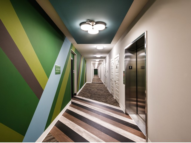 Image of Elevator Convenience for Pinnacle Apartments