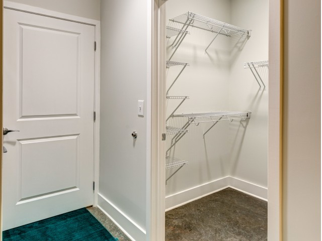 Image of Walk-in Closets* for Aura Downtown