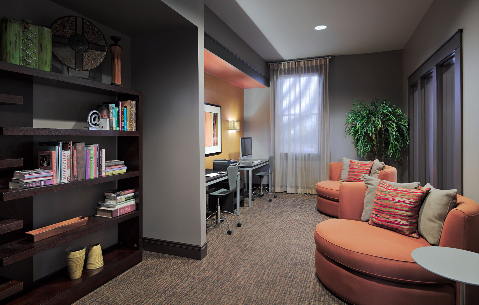 Aura at Towne Place Business Center