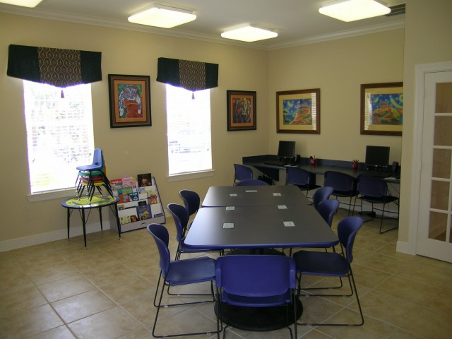 Image of Children's Activity Room with Computers for Spring Haven