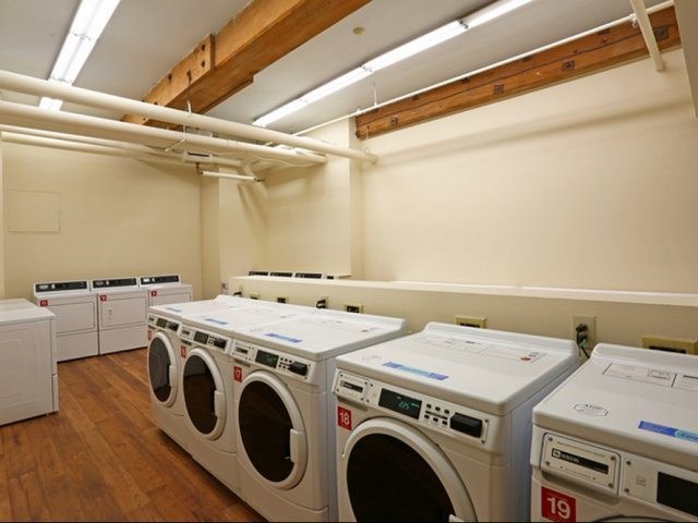 Enfield CT apartments with onsite laundry