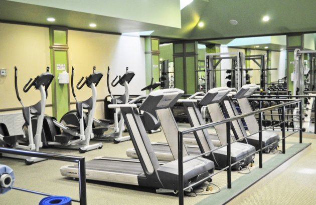 Take advantage of the 5000 sq ft gym with sauna and racquetball court
