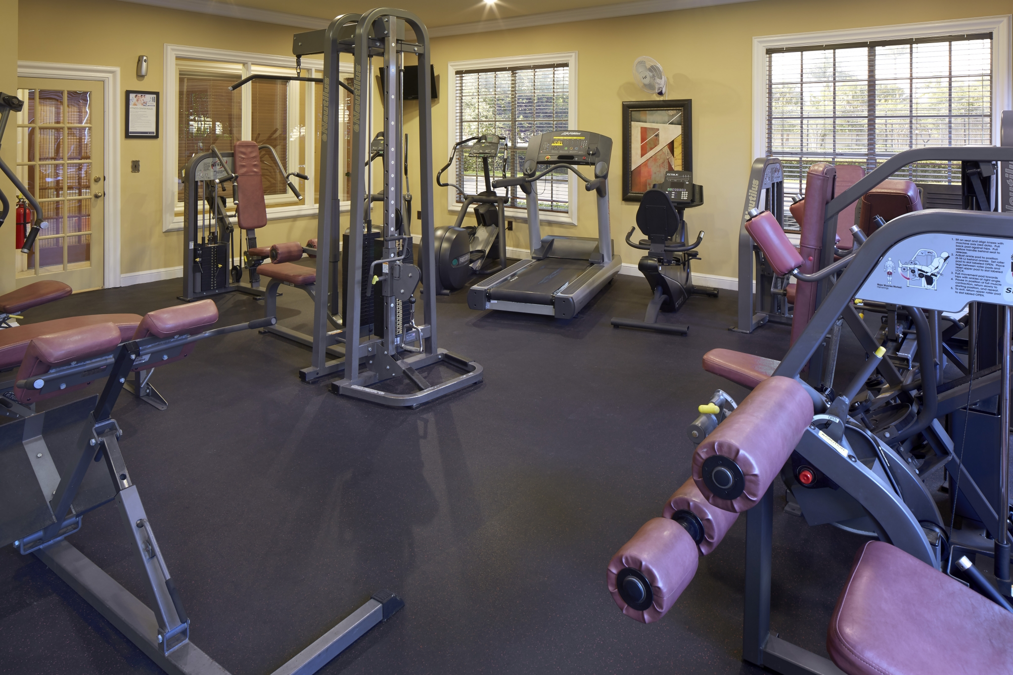 Fitness center at Bay Breeze apartments