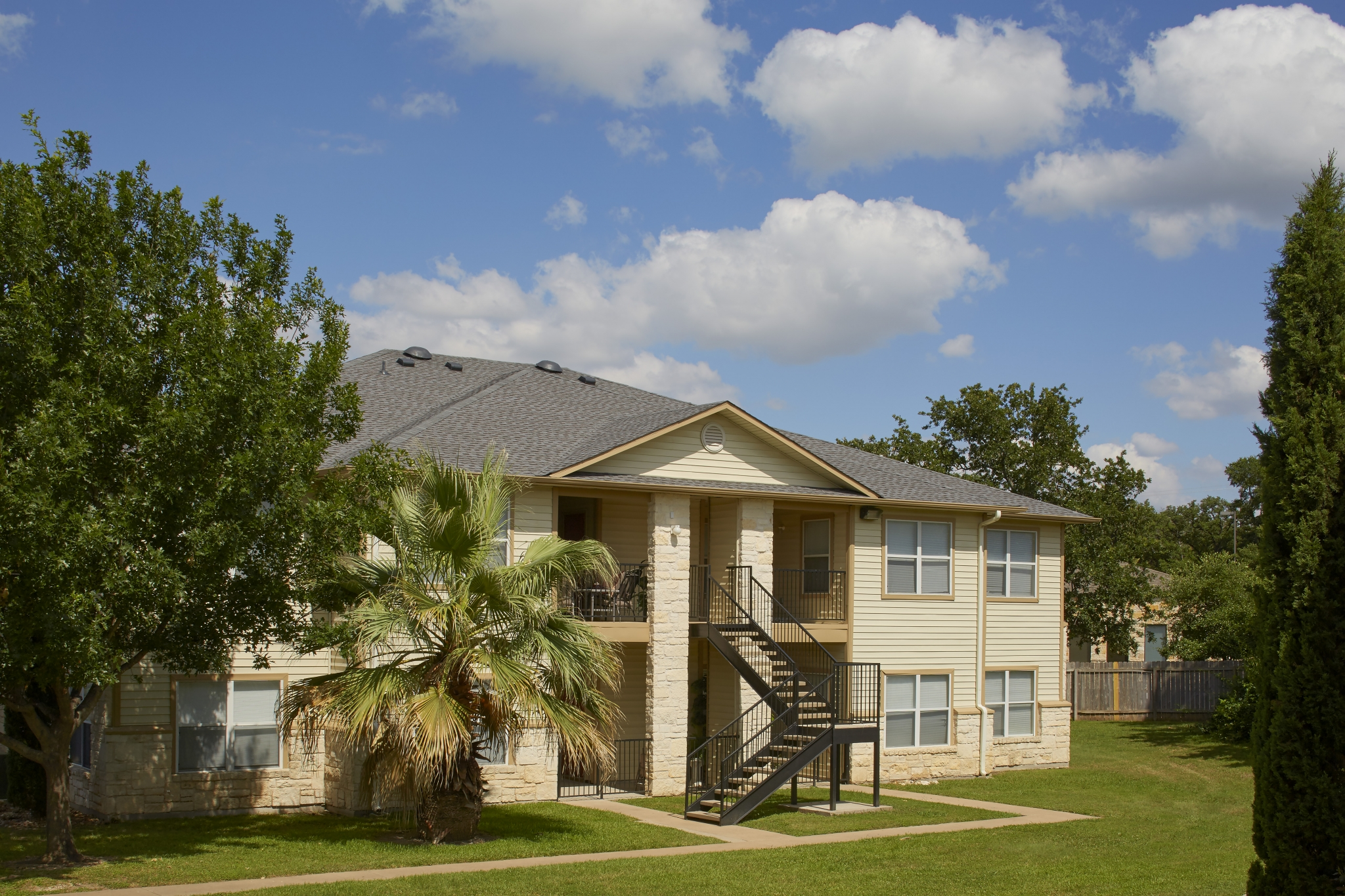 cypress garden apartments