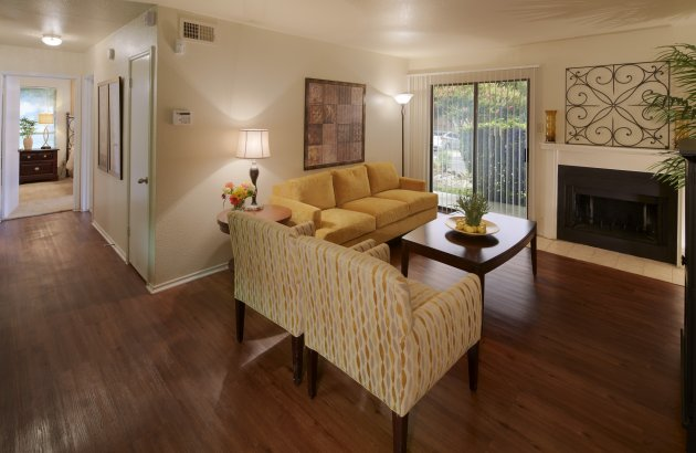 Live close to the shopping and entertainment of The Arboretum, The Domain, Top Golf, and more