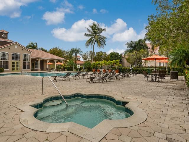 Hot tub at Royal St George | West Palm Beach apartment community