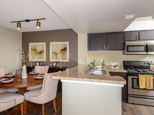 Dining room and kitchen | Village Place rentals