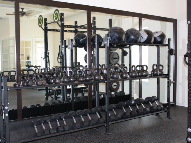 Apartment gym | Cypress Legends